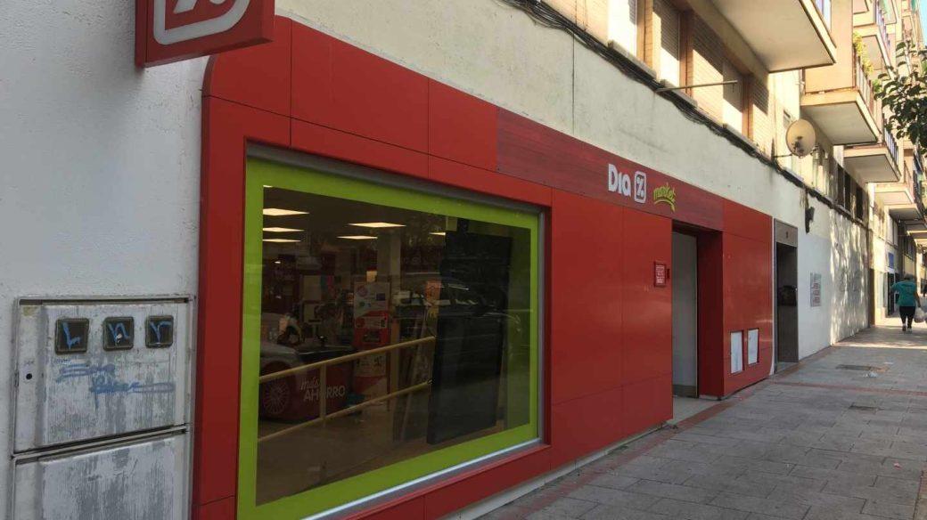 La CNMV suspende la cotización de Dia a la espera de novedades sobre su refinanciación.