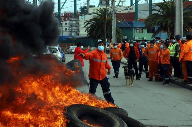 Noticias Chile | Unión Portuaria paralizará el país, pese al millonario anunció del gobierno del Tercer Retiro mejorado