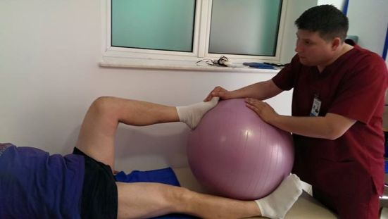 kinetoterapie genunchi 3