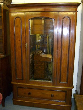 ANTIQUE FURNITURE WAREHOUSE Antique Wardrobe Victorian