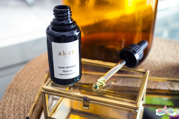 serum-neat-remedy-face-oil- akar skin - elise&co