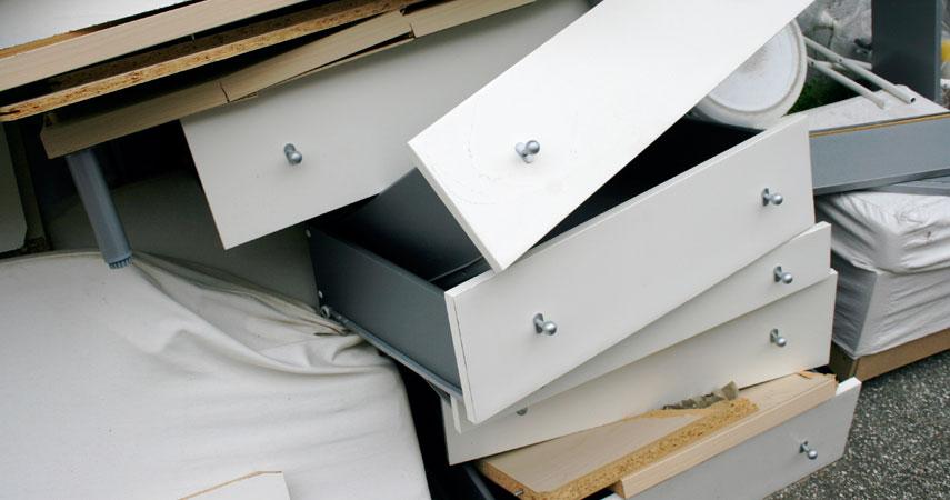 parmi ces 2 millions de dechets 250 000 tonnes correspondent au mobilier de bureau des entreprises