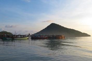 Ponton Mpai Bay Koh Rong Samloem Cambodge blog voyage 18