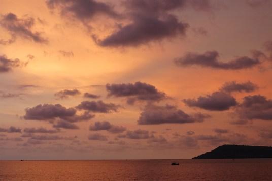 Coucher de soleil Koh Rong Samloem Cambodge blog voyage 2