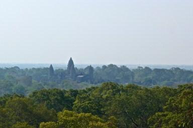 Vue du Phnom Pakbeng angkor cambodge blog voyage 26