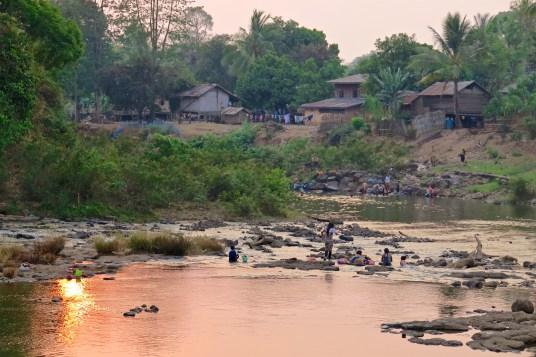 Village de Tad Lo, sur le plateau des Bolovens, bilan du laos blog de voyage