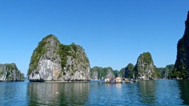 Village flottant Lan Ha Cat Ba Baie Halong Vietnam blog voyage 2016 33