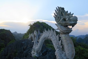 Dragon Hang Mua Tam Coc Baie Halong terrestre Vietnam blog voyage 2016 23