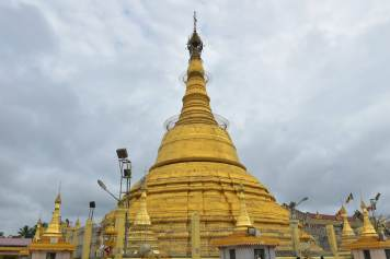 Stupa creux Botataung Yangon-Myanmar-Birmanie-blog-voyage-2016 55