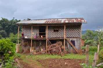 Maison traditionnelle Trek-Kalaw-Inle-Myanmar-blog-voyage-2016 57
