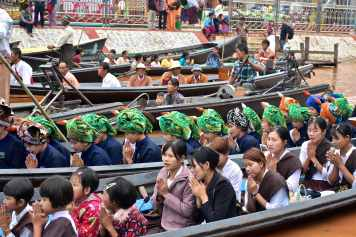 Ferveur bateaux Lac-Inle-Myanmar-blog-voyage-2016 23