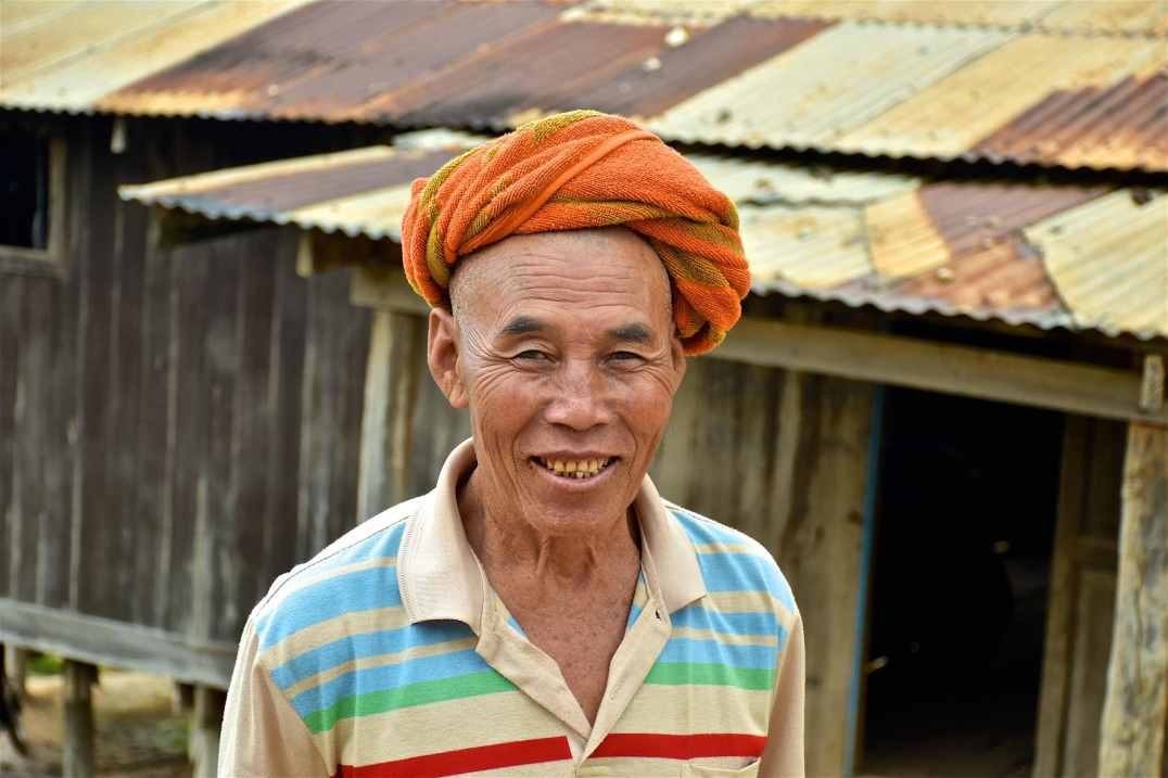 Homme intha Lac-Inle-Myanmar-blog-voyage-2016 28