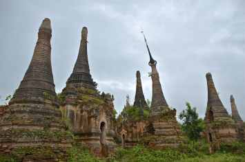 Stupe In Bein Lac-Inle-Myanmar-blog-voyage-2016 30