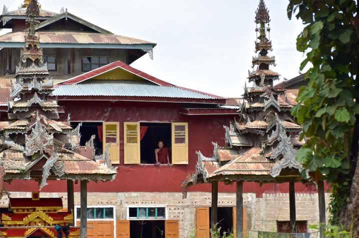 Moine monastere Lac-Inle-Myanmar-blog-voyage-2016 56
