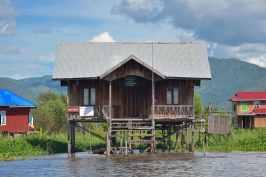 La poste Lac-Inle-Myanmar-blog-voyage-2016 6