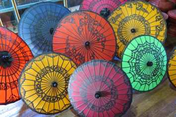 Ombrelles Lac-Inle-Myanmar-blog-voyage-2016 61