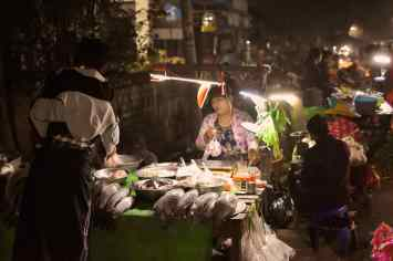 Marché Shan bougie Hsipaw Myanmar blog voyage 2016 50