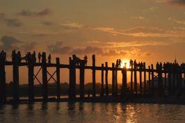 Coucher de soleil U bein Mandalay-Inwa-Ubein-Myanmar-Birmanie-blog-voyage-2016 71