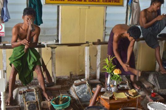 Feuille d'or Mandalay-Inwa-Ubein-Myanmar-Birmanie-blog-voyage-2016 8