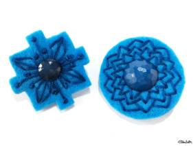 Create 30 - No. 5 - Embroidered Felt Lapel Pins - Blue and Teal - Set of 2 - Create 30 – I Did It! (And Future Plans) at www.elistonbutton.com - Eliston Button - That Crafty Kid – Art, Design, Craft & Adventure.