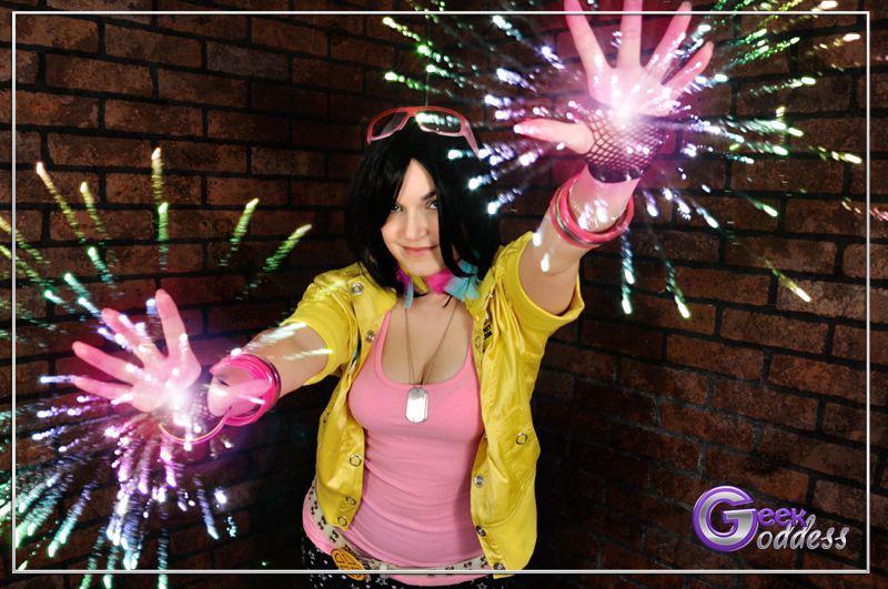GeekGoddess-Firecracker