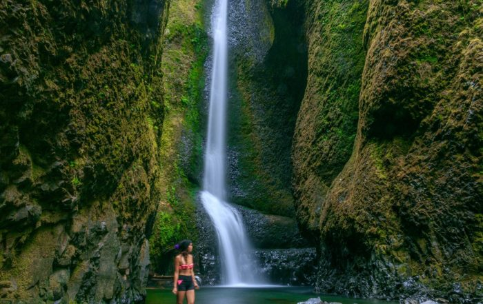Oneonta Gorge waterfall august