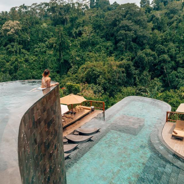 possibly the best infinity pool of all time hanginggardensofbali
