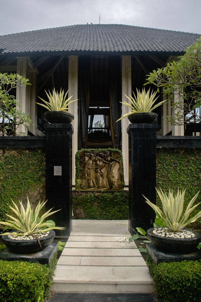 Ylang Ylang villa bali entrance