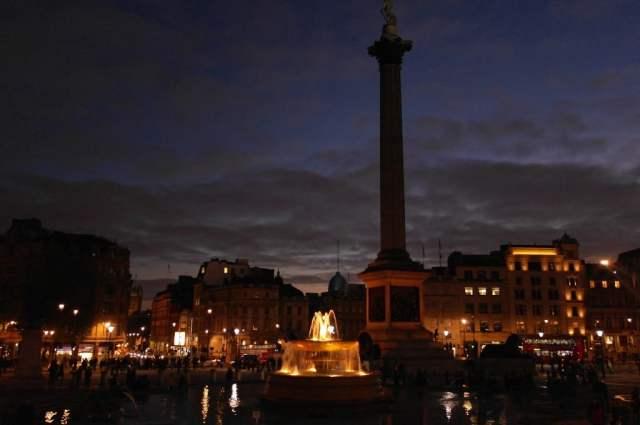 Trafalgar Square fountain