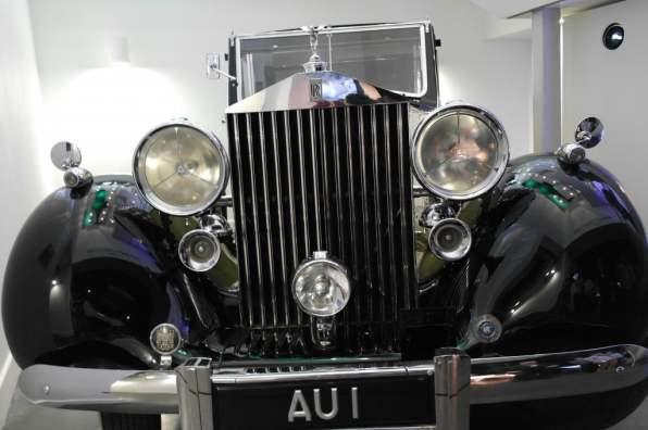 Rolls-Royce Phantom III – Goldfinger