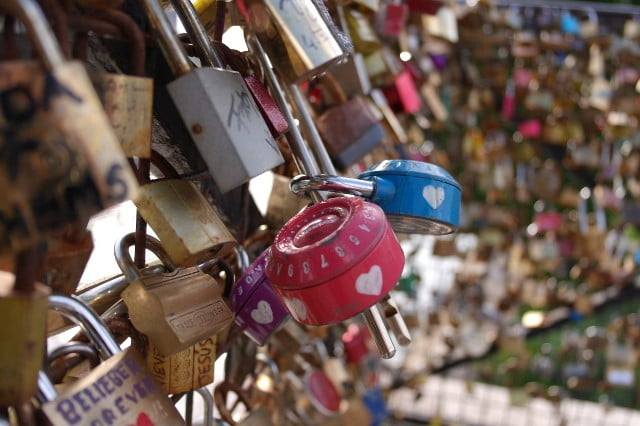 17 Photos of Love Locks, Pont des Arts & Pont Neuf Bridge, Paris