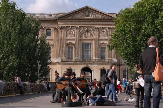 Musicians on Pont des Arts