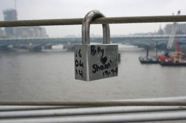 Love locks on Millennium Bridge, London (2)