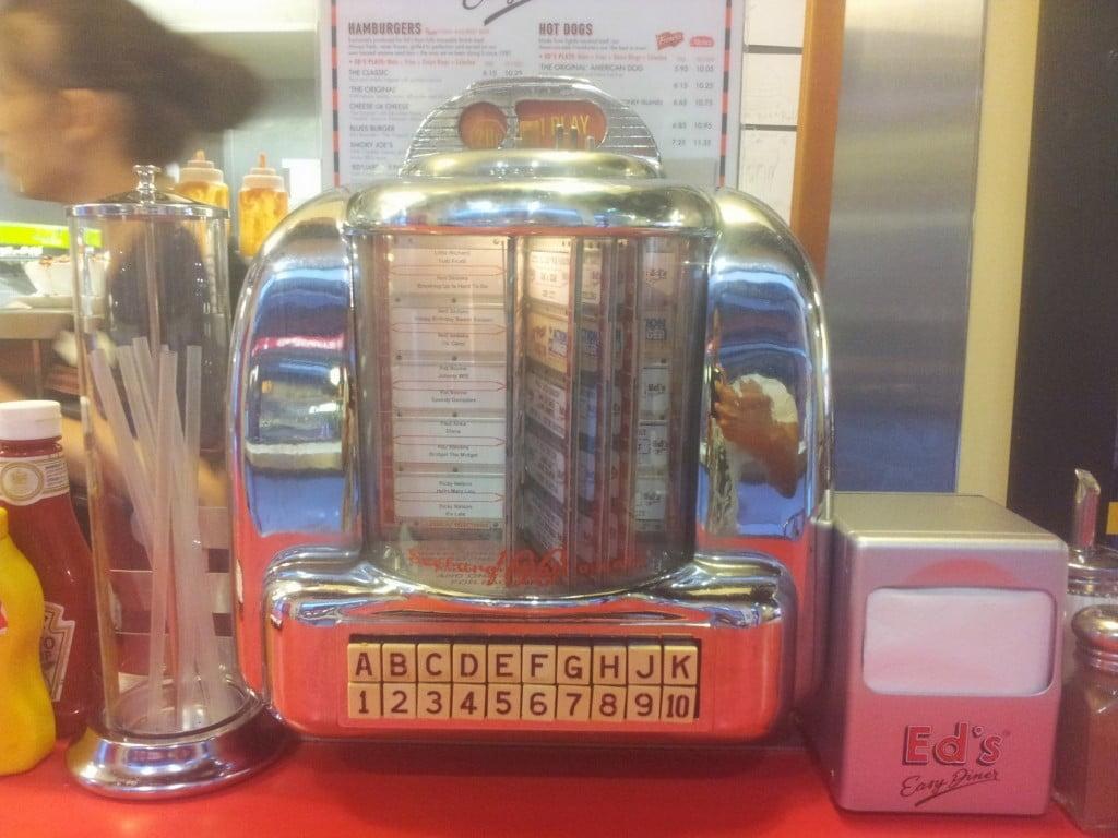 Jukebox - Ed's Easy Diner