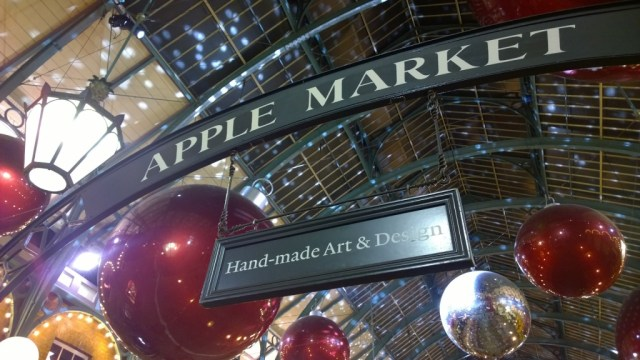 apple market covent gardens christmas