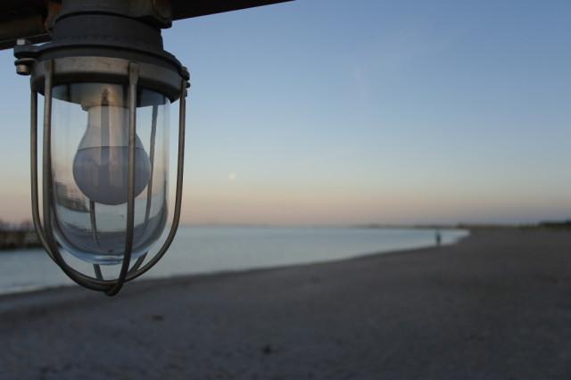 Ligthbulb at Ribersborgs Kallbadhus Beach, MalmoLigthbulb at Ribersborgs Kallbadhus Beach, Malmo