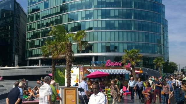 London Riviera pop up bar and restaurant Southbank