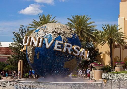 16531820043_7e3c43c09c_universal-studios-globe