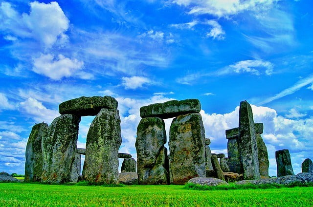 Why Stonehenge is Perfect for a Family Day Out