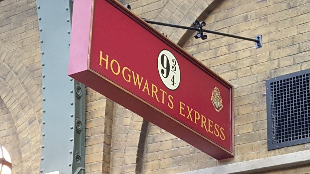 hogwarts express photo