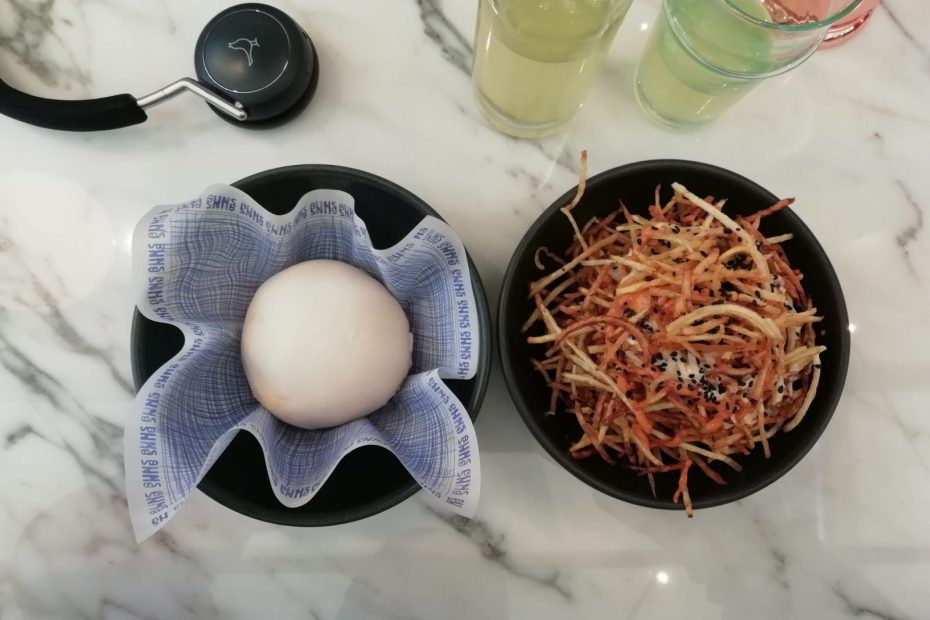 Buns and Buns menu review, Covent Garden: Pork Belly Bao Buns and Shoestring Fries 2