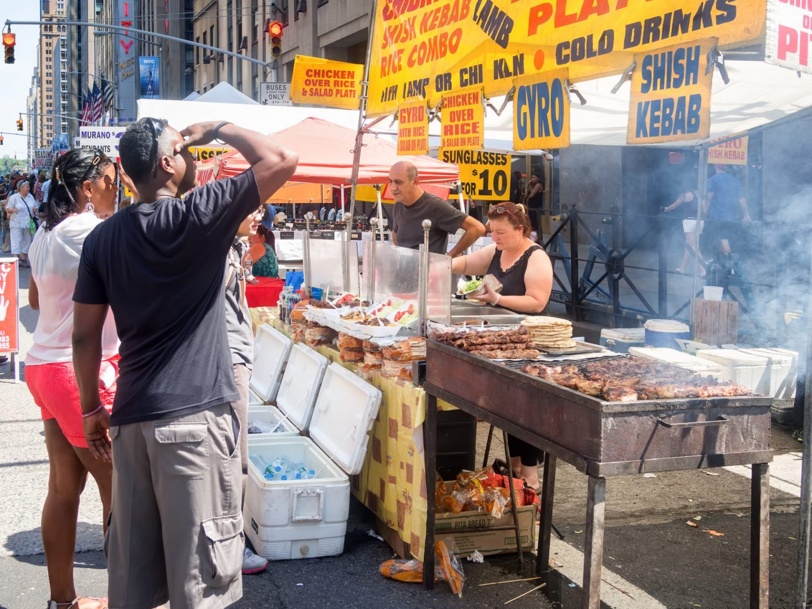 street-food-tour-unique-things-to-do-in-NYC