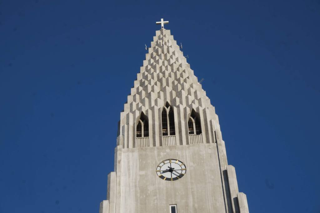 Hallgrimskirkja: View From The Top of Reykjavik's Beautiful Church 12
