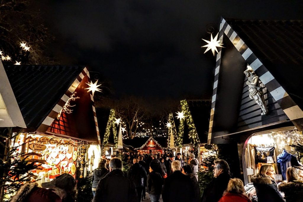 4 European Christmas Markets in 10 Days: Cologne, Bruges, Budapest and Vienna 9