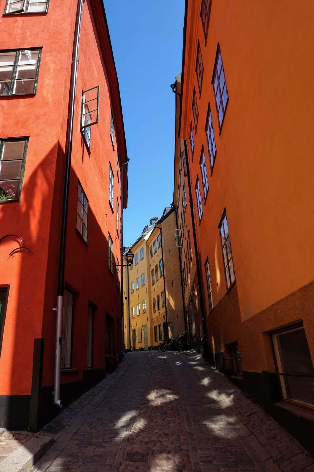 Colourful Houses & Narrow Streets of Gamla Stan, Stockholm 6