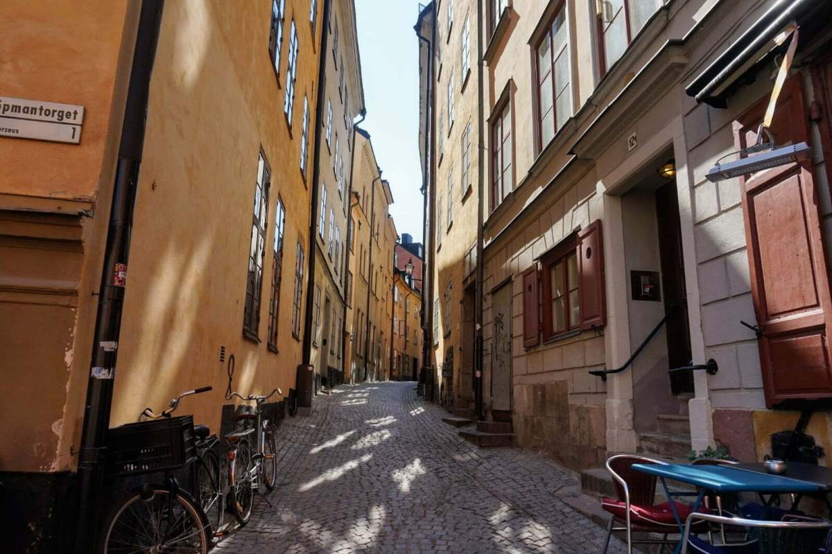 Colourful Houses & Narrow Streets of Gamla Stan, Stockholm 19