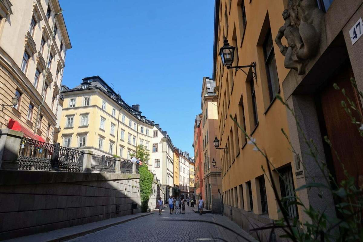 Colourful Houses & Narrow Streets of Gamla Stan, Stockholm 14