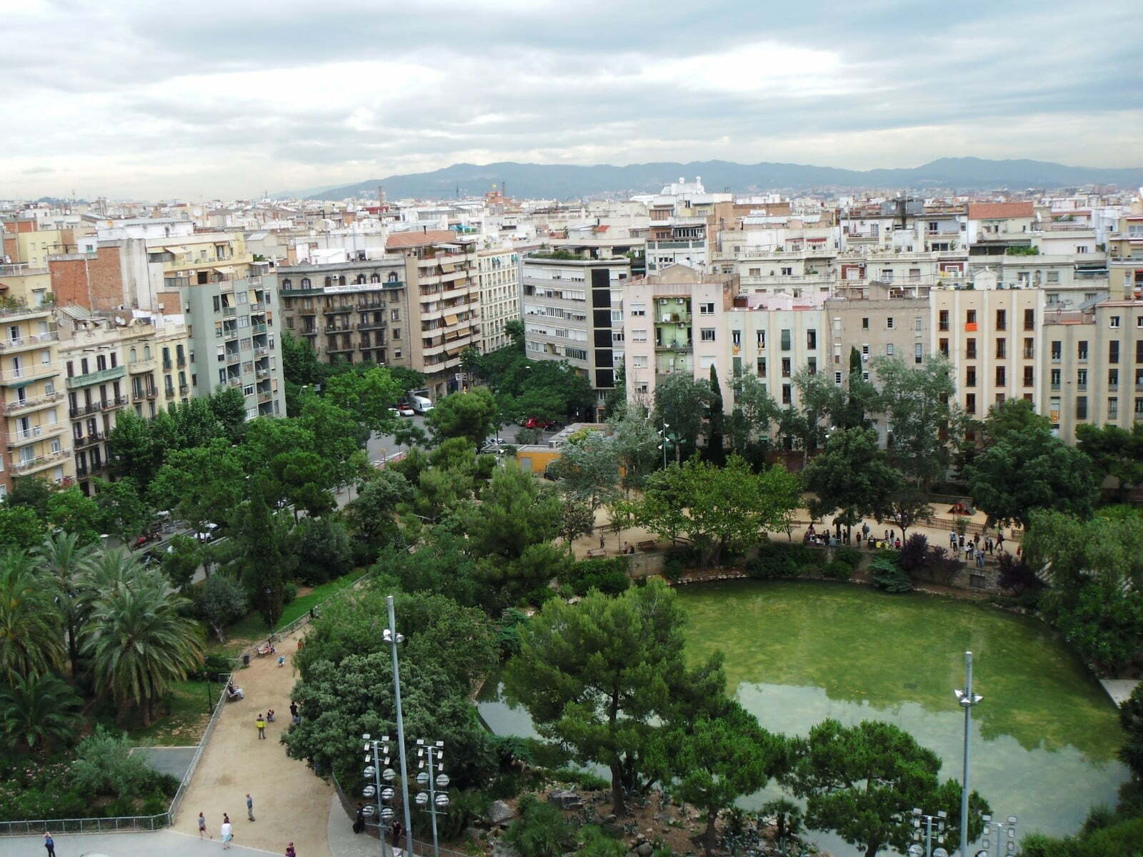 In Photos: Why Visiting The Inside of Sagrada Familia Is Worth It 17