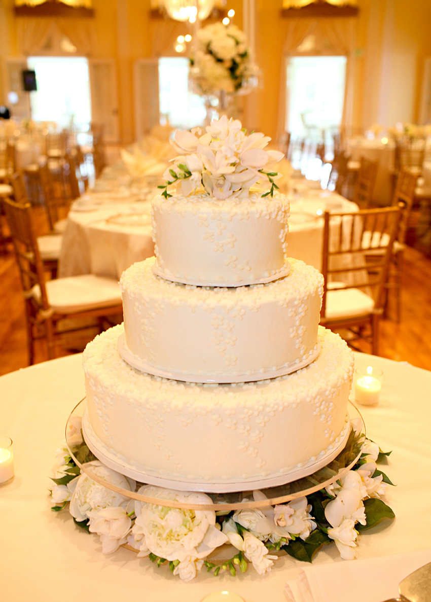 Three Tier Wedding Cake Elizabeth Anne Designs The