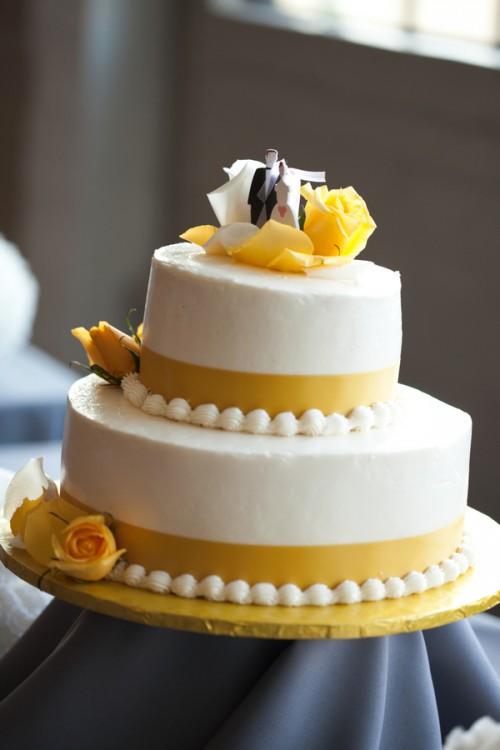 Yellow And White Wedding Cake Elizabeth Anne Designs
